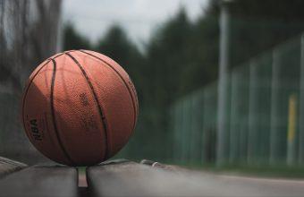 4K Ball Basketball Bench Wallpaper 3840x2160 340x220