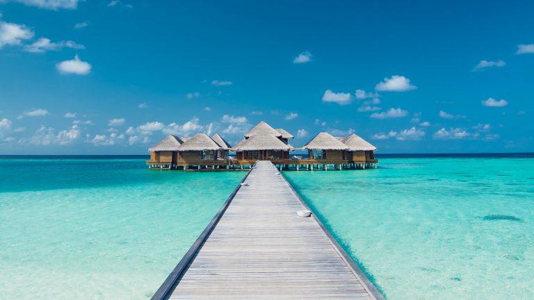 4k bungalow pier ocean wallpaper 3840x2160 - 4k wallpaper download ...