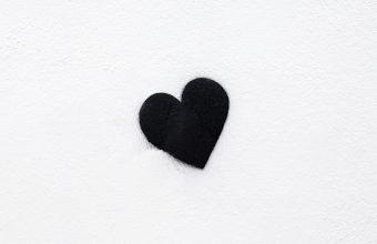 4K Heart Black Love Wallpaper 3840x2160 340x220