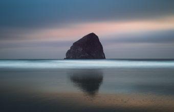 4K Rock Sea Horizon Wallpaper 3840x2160 340x220