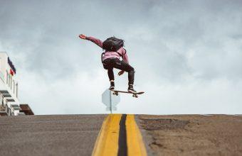 4K Skateboard Jump Trick Wallpaper 3840x2160 340x220