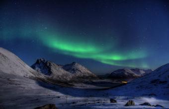 Aurora Borealis 4K Wallpaper 3840x2160 340x220