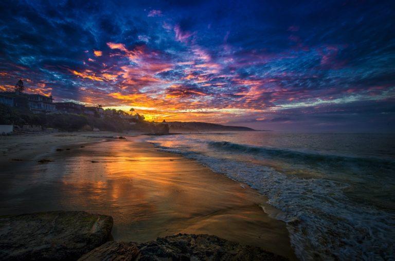 Bay Morning Sea Clouds Beach House Wallpaper 1162x768 768x508