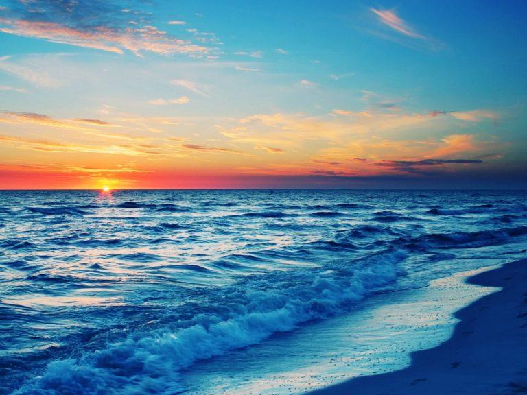 Beach Waves In Sunset View Wallpaper 1920x1440 768x576