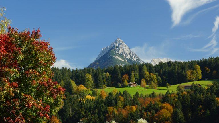 Beautiful Mountain 4K Wallpaper 3900x3112 768x432