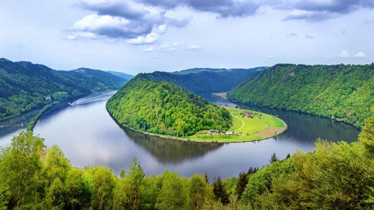 Beautiful River 4K Wallpaper 3840x2160 768x432