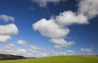 Blue Skies And Green Pastures Wallpaper 1600x1200 340x220