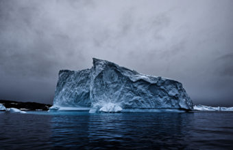 Iceberg 4K Wallpaper 3840x2160 340x220