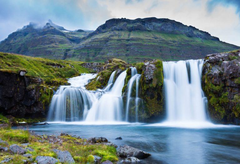 Iceland Waterfall Mountains Wallpaper 768x527