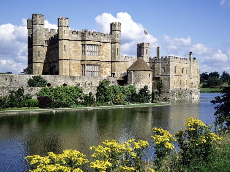 Leeds Castle Kent England Wallpaper 1600x1200 768x576