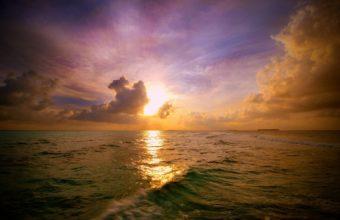 Maldivian Sunset 340x220