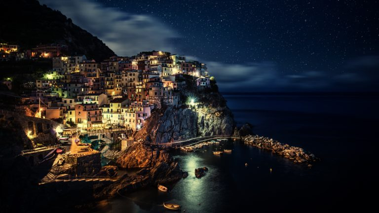 Manarola 4K Wallpaper 3840x2160 768x432