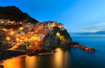 Manarola Night 4K Wallpaper 3840x2160 340x220