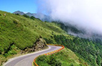 Mountain Nature Landscape Cloud Wallpaper 2560x1600 340x220