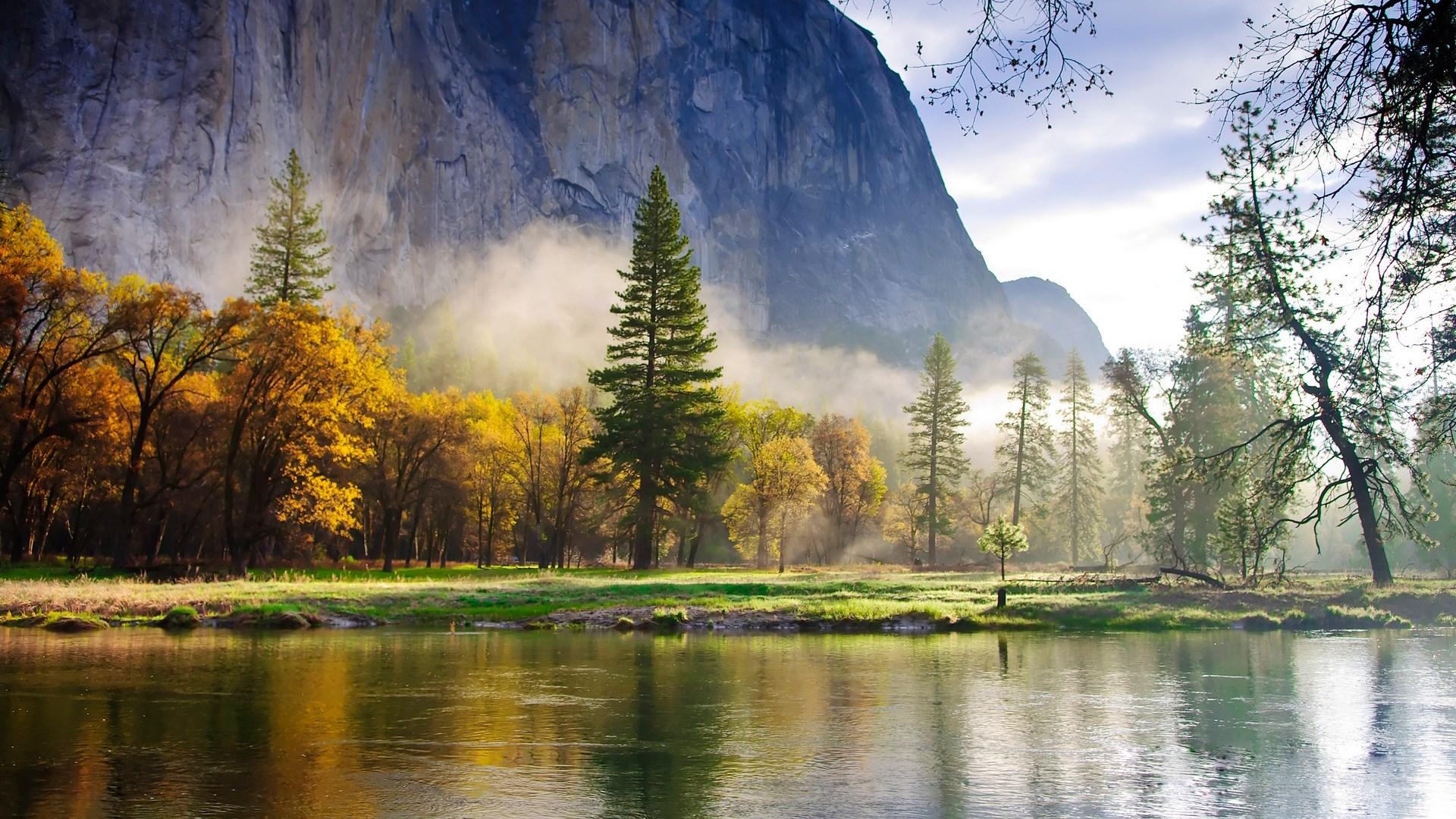 горы отражение лес туман  № 2832501 бесплатно