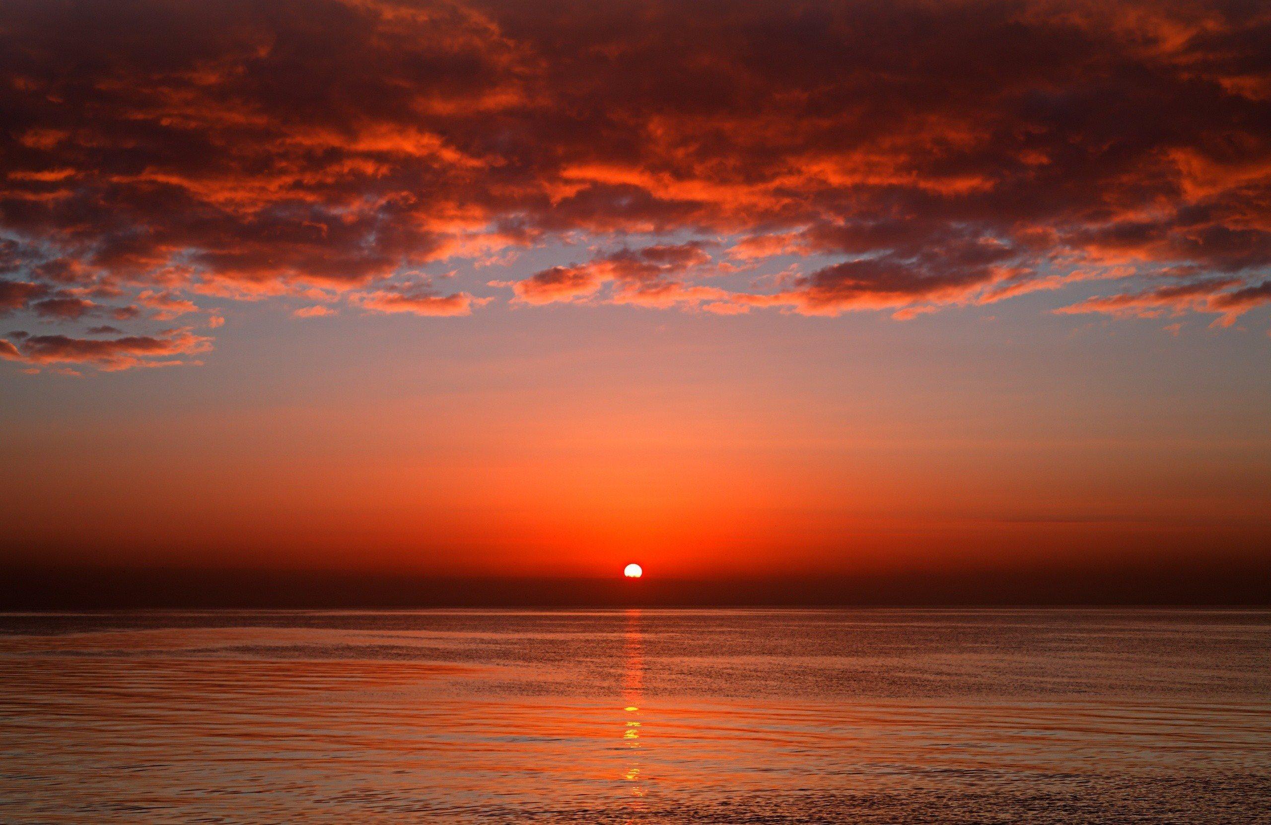 Open sunset wallpaper 2560x1662 for Sfondi desktop tramonti mare
