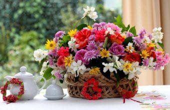Spring Bouquet Wallpaper 2560x1600 340x220
