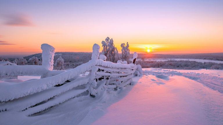 Sunset Winter Fence Wallpaper 2560x1440 768x432