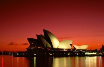 Sydney Opera House Wallpaper 1600x1200 340x220