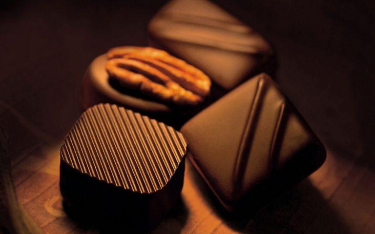 Chocolates Walnuts Close Up Wallpaper 1440x900 768x480