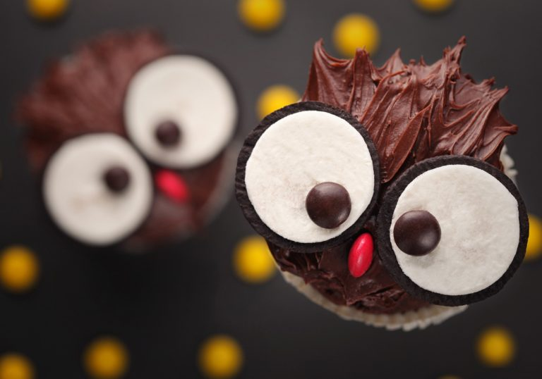 Cupcakes Cakes Chocolate Sweets Wallpaper 2048x1435 768x538