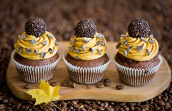 Cupcakes Cream Chocolate Wallpaper 2000x1331 340x220