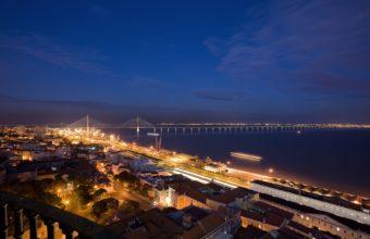 Nocturna New Lisbon Bridge 340x220