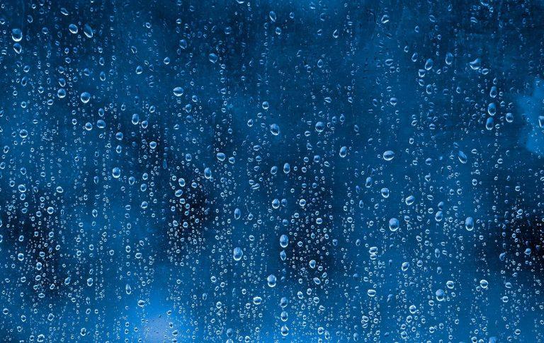 Raindrop Wallpaper 07 1900x1200 768x485