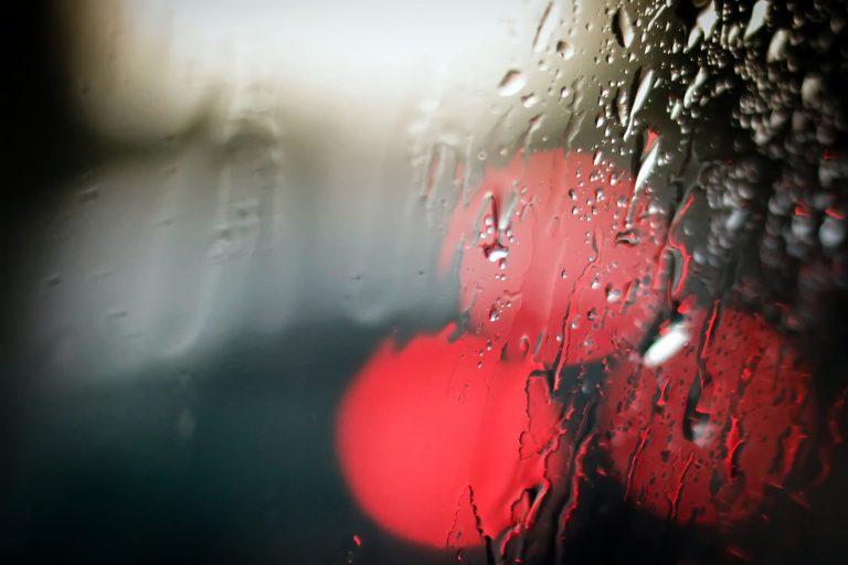 Raindrop Wallpaper 31 2560x1707 768x512