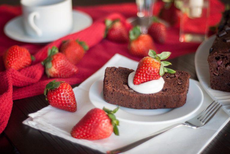 Strawberries Bread Dessert Wallpaper 2048x1371 768x514