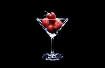 Strawberry Wallpaper 01 1280x960 340x220
