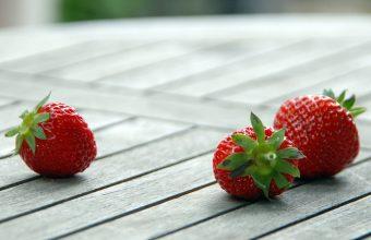 Strawberry Wallpaper 04 1920x1200 340x220