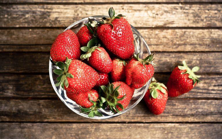 Strawberry Wallpaper 11 1920x1200 768x480