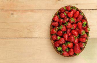 Strawberry Wallpaper 17 2464x1632 340x220