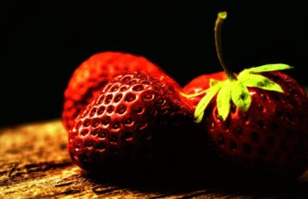 Strawberry Wallpaper 1920x1200 340x220