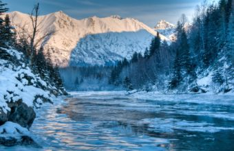 Alaska River Winter Mountain Forest 4287 x 2847 340x220