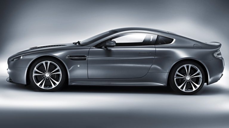 Aston Martin V12 Vanquish 2048 x 1152 768x432