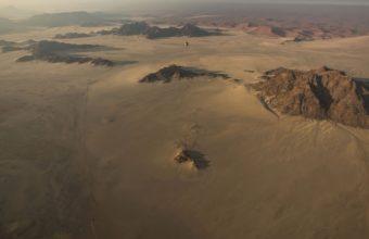 Balloon Bokeh Desert Mountains 1229 x 768 340x220