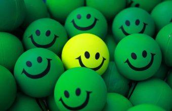 Balls Smile Green 1921 x 1280 340x220