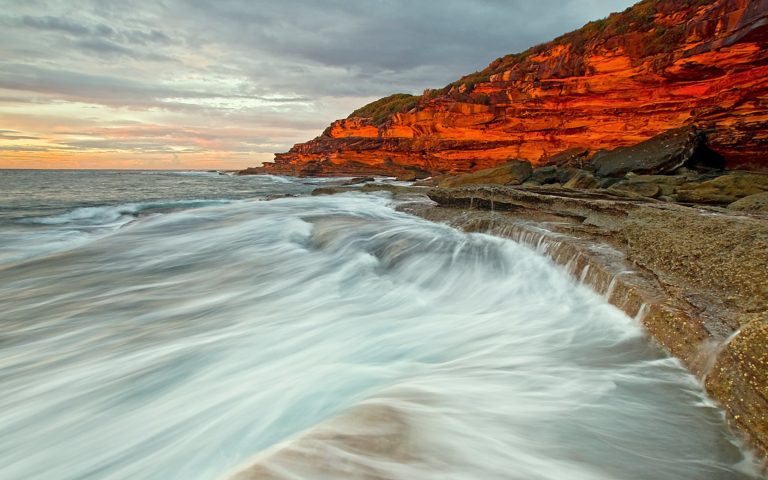 Beach Sunrise 2560 x 1600 768x480