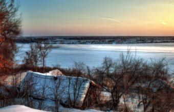 Beautiful Lake House In Winter Hdr 1920 x 1200 1 340x220