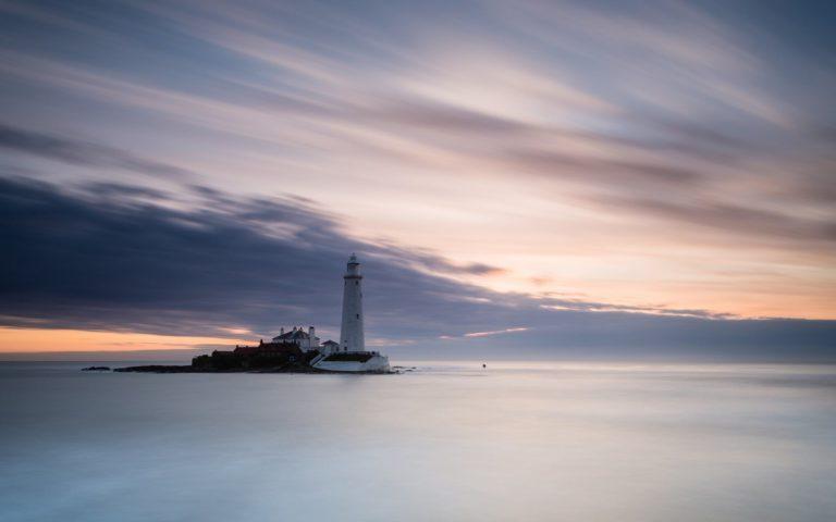 Beautiful Lighthouse On The Horizon 1920 x 1200 768x480