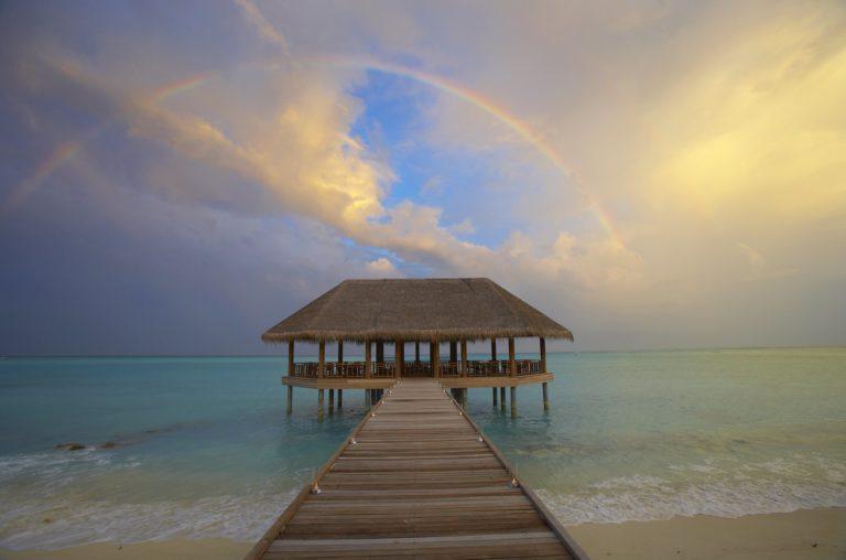 Beautiful Place On Beach 2000 x 1322 768x508