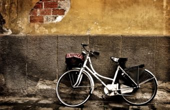 Bicycle Wallpapers 02 1680 x 1050 340x220