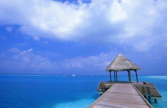 Blue Sky Beach View Place 2560 x 1600 340x220