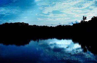 Blue Sky Reflections 1920 x 1200 340x220