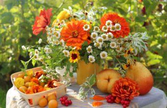Bouquet Table Still Life Summer Garden 3200 x 2105 340x220