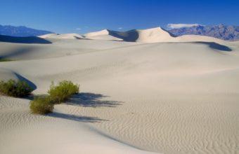California Death Valley 1365 x 768 340x220