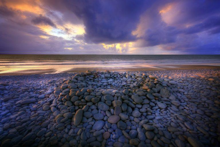 Coast Stones Sea Sky Clouds 2592 x 1734 768x514