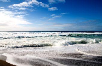 Cool Beach 1920 x 1200 340x220